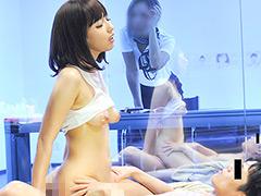 美人美容部員&営業マンがオイルマッサージにチャレンジサンプル画像